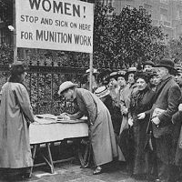 WW1 women signing up for work